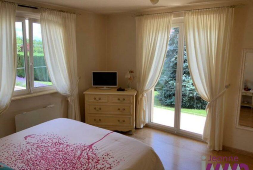 1ère couronne BELFORTAINE Villa T8 - 200m² avec psicine sur 1