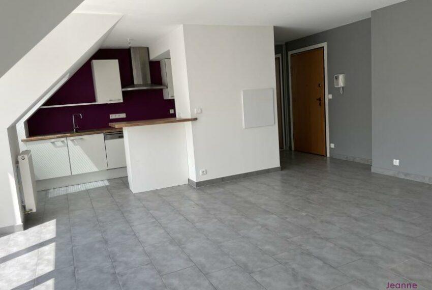 BELFORT Dernier étage Terrasse et Garage
